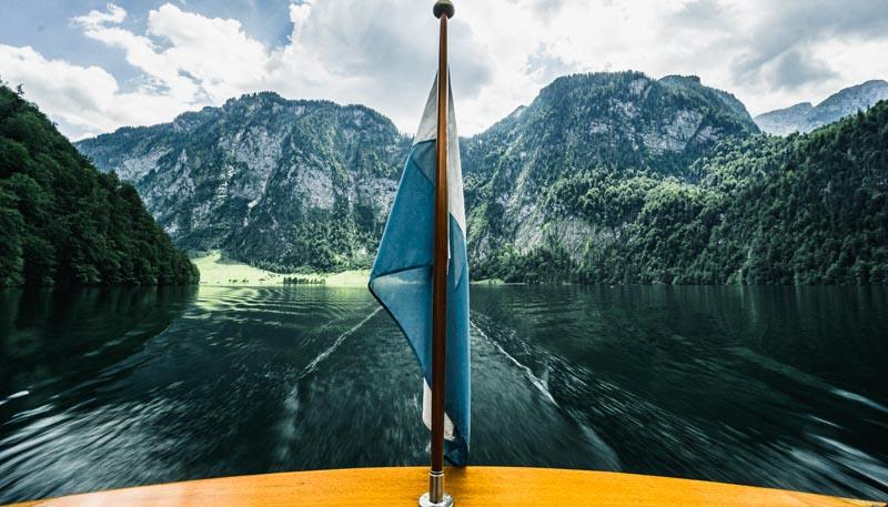 urlaub-im-berchtesgadener-land-fahrt-auf-dem-königssee